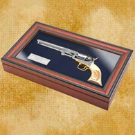 Picture of Hickock Non Firing Revolver with Display Box