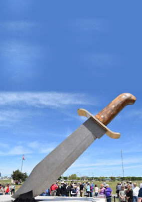 The World's Largest Bowie Knife