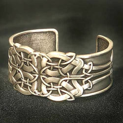 Picture of Pewter Celtic Knot Bracelet