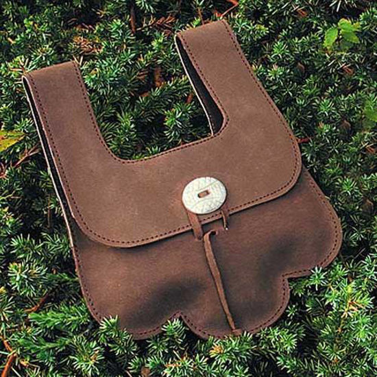Picture of Leather Scalloped Pouch