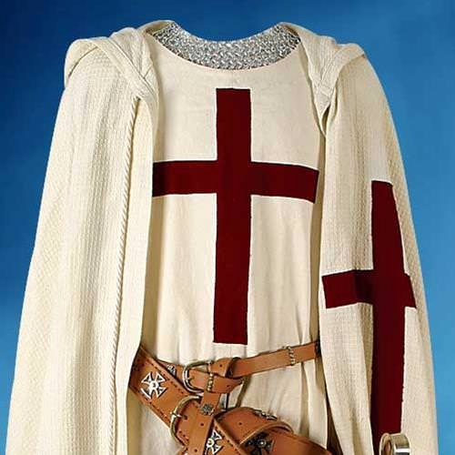 Picture of White Cotton Crusader's Tunic