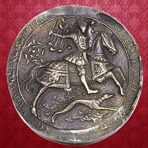 Picture of Tudor Royal Wax Seal Paperweight