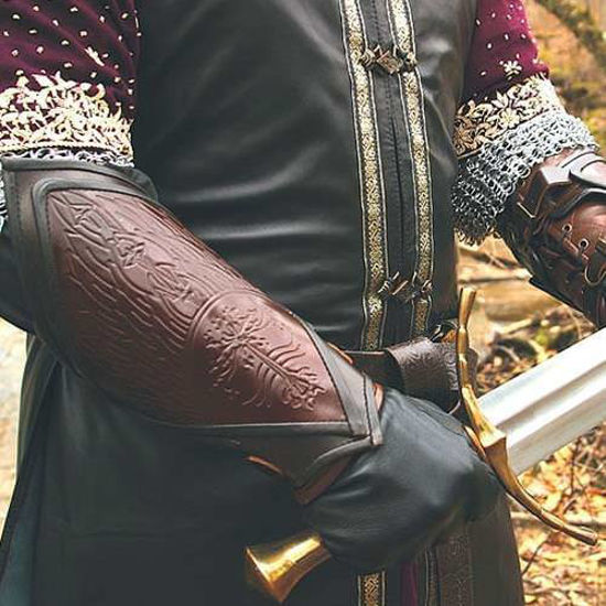 Picture of Boromir's Leather Armbands