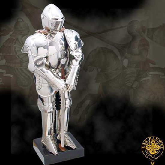 Picture of Knight in Shining Armour Statue
