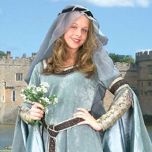 Picture of Maid Marian Gown with Belt
