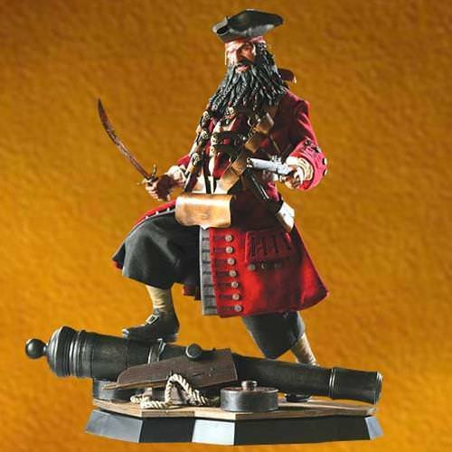 Picture of Blackbeard Premium Statue Sideshow