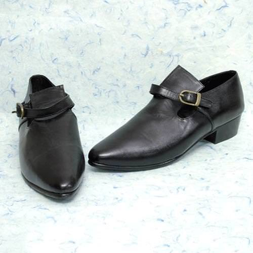Picture of Ladies Buckle Shoe