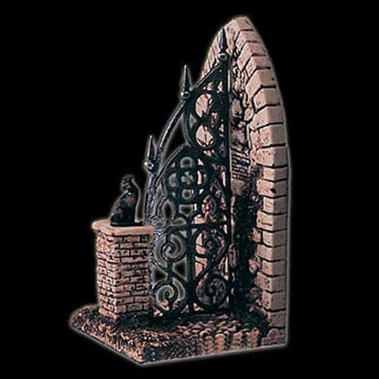 Picture of Cemetery Gate Bookend