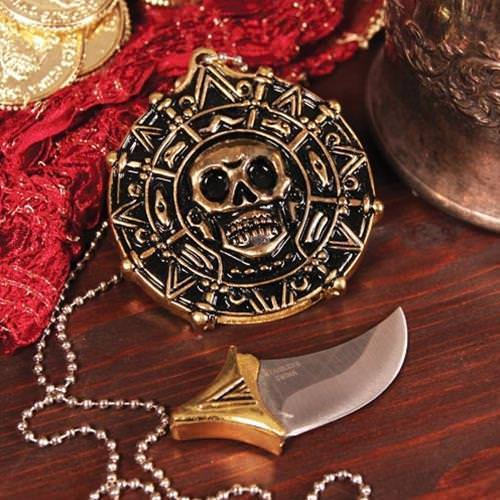 Picture of Pirate Pendant With Hidden Blade