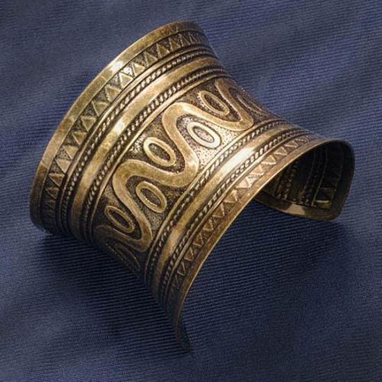 Picture of Antique Gold Metal Cuff