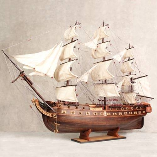 "Picture of USS Constitution ""Old Ironsides"" Model Ship"