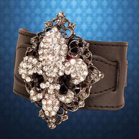 Picture of Fleur-de-Lis Bracelet