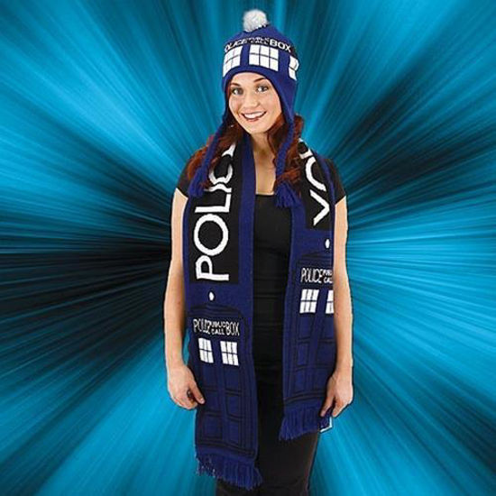 Picture of TARDIS Scarf
