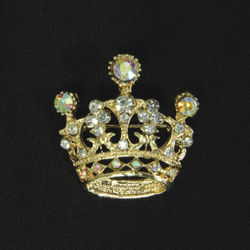 Picture of Golden Crown Brooch