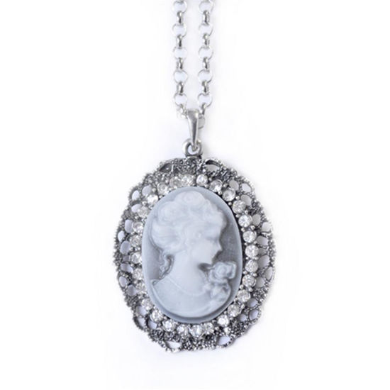 Picture of Victorian Grey Oval Cameo Necklace