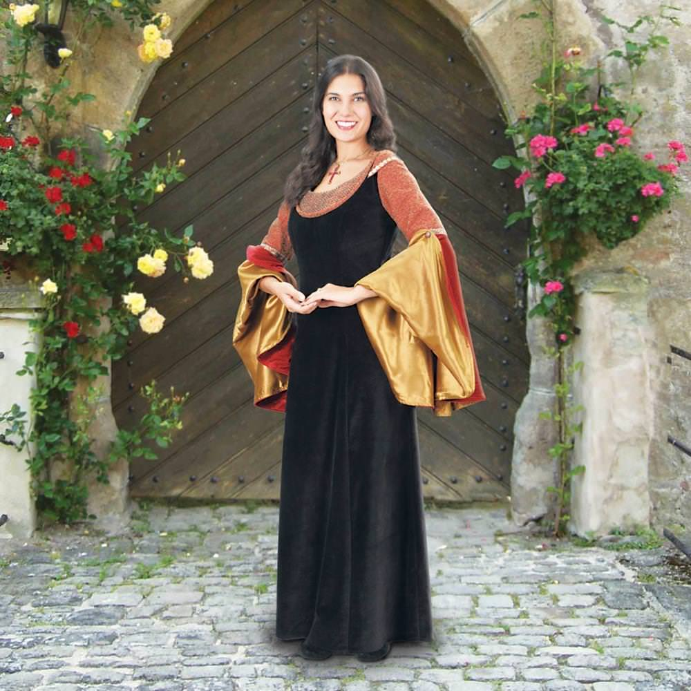 Picture of Morgan le Fay Gown