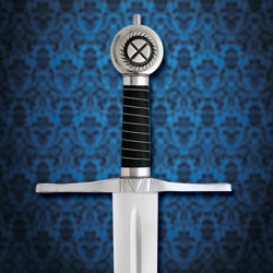 The pommel on the Robert the Bruce sword has Cross of St. Andrew, grip is black leather with a silver chain wrap