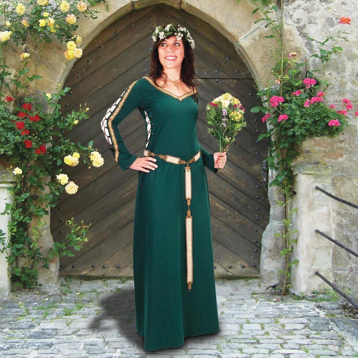 Castleford Green Gown