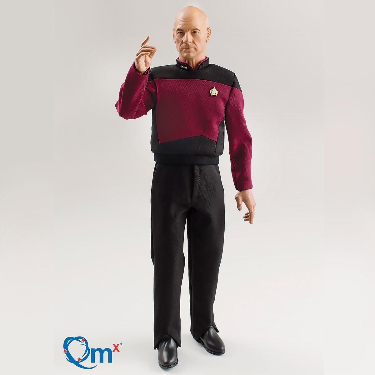 Picture of Captain Jean-Luc Picard Star Trek Figure