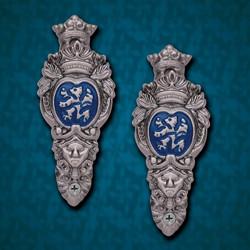 Set of 2 Lion Crest Adjustable Sword Hangers