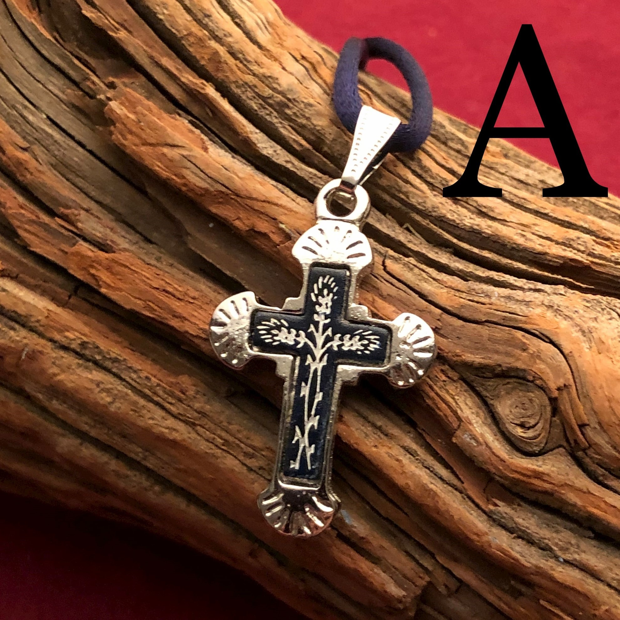 Small Silver Cross Pendant - Flared Style - Pattern A