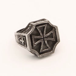 Knights Templar Ring Templar with Maltese cross signet, and crosses, flourishes and crowns on sides
