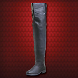 pirate, swashbuckler, musketeer or Renaissance knight leather boots with rounded toe can be worn thigh-high or turned down